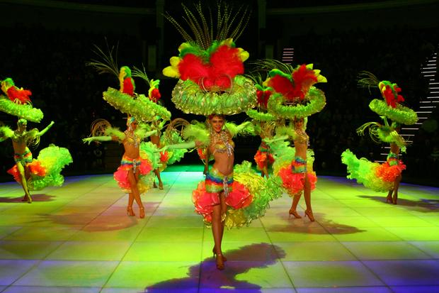 Танцовщица,Шоу-балет,Консумация,Работа за рубежом .Танцовщица с консумацией,Раб