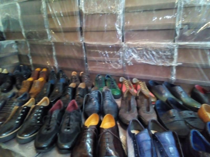 Распродаю обувь