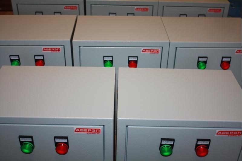 Щит автоматического включения резерва АВР ЩАВР 3-25А 380В 2ввода 25А, комплектация Schneider Electric