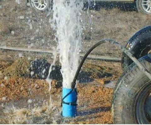 Чистка водоносных скважин.